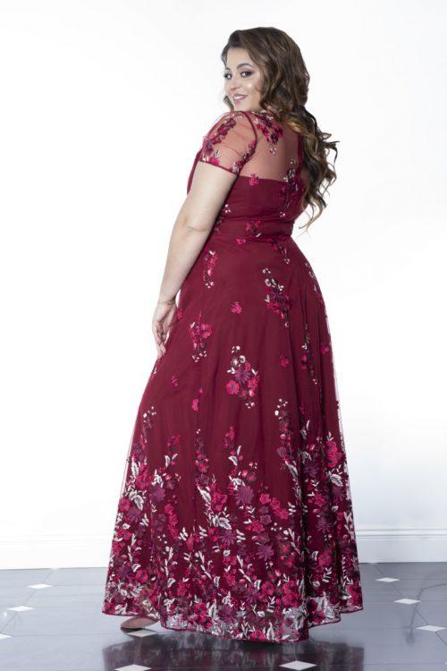 sukienka długa dla kobiet